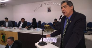 """Câmara aprova projeto de lei que proíbe """"comércio"""" em sala de aulas, em Imperatriz"""