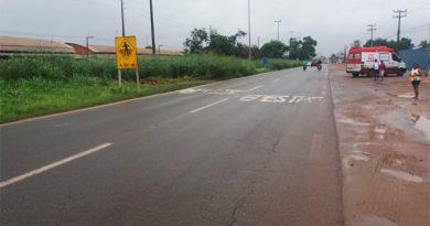 Colisão entre carro e moto na BR 135, em Pedrinhas