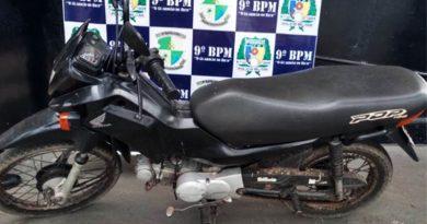 Motocicleta de Goiânia é apreendida pela PM em Axixá-TO