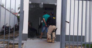 Carreteiro é preso dirigindo sob efeito de maconha na BR-316 no Maranhão