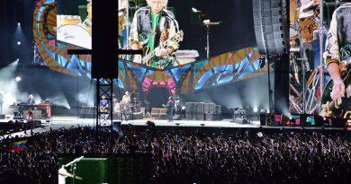 Fãs comemoram, neste sábado, o Dia Mundial do Rock