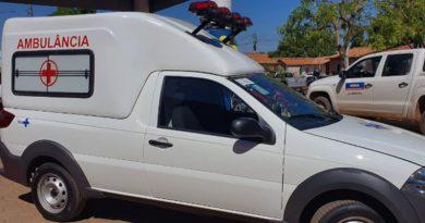 Entrega de nova ambulância marca aniversário de tres anos da UPA São José
