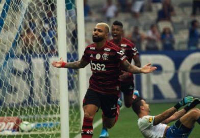 Flamengo vence Cruzeiro e se isola na liderança do Brasileiro