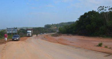 DNIT anuncia que trecho rompido da BR-222 em Buriticupu será recuperado nas próximas horas