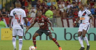 Garotada do Flamengo vence clássico contra o Vasco no  Maracanã