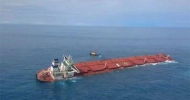 Ibama identifica óleo próximo a navio encalhado na costa do Maranhão