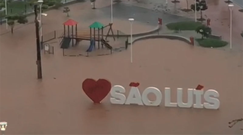 Temporal provoca alagamentos e transtornos em São Luís