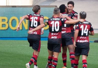 """Com """"Lei do ex"""", Flamengo vence Fluminense no primeiro jogo da final do Carioca"""